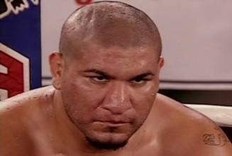 Арреола планирует провести бой за чемпионский титул