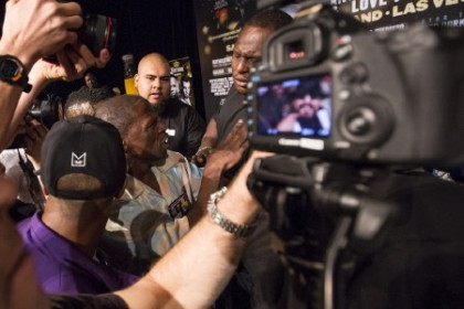 Floyd Mayweather Sr arguing with Ruben
