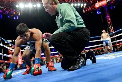 Photos: Jhonny Gonzalez Shocks Abner Mares, Santa Cruz Wins