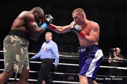 Vyacheslav Glazkov beats Garrett Wilson