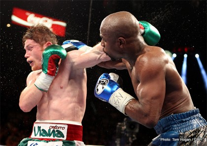 Left Hook Lounge: Pacquiao that Great or Rios that Bad?, Is Pacquiao a Threat to Mayweather?, Froch Gift Victory?