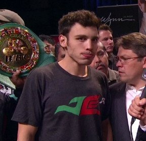 Chavez Jr. vs. Martinez: Is the boxing world counting out Junior too soon?