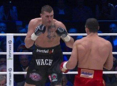 Wladimir Klitschko dominates Wach